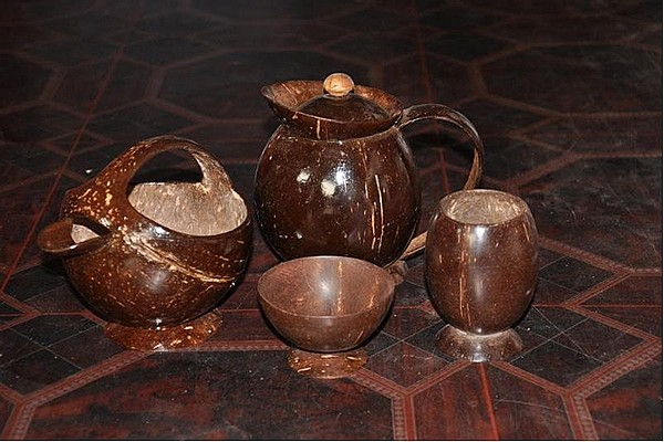 Посуда из кокосовой скорлупы